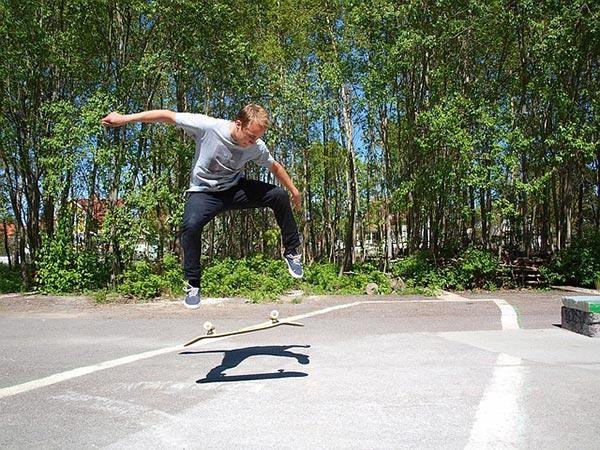 Calls for Skateboard Park